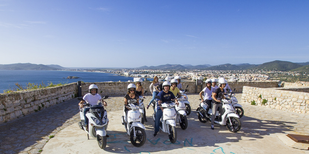 Incentivos Ibiza - Experiences - Ibiza Adventure by scooter