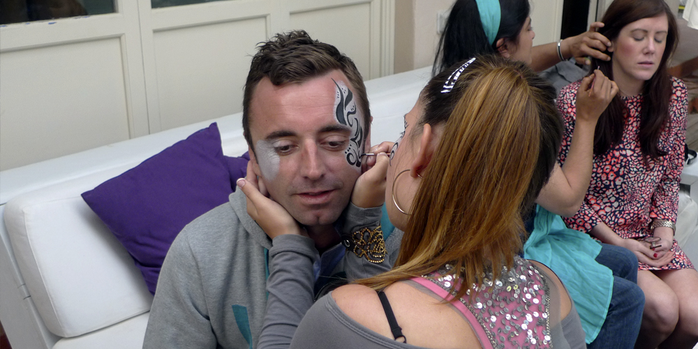 Incentivos Ibiza - Experiences - Fun with facepainters (added touch to your event)